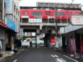20150701_131809 津島 - ホームに停車中のあかい電車