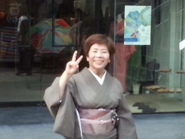 20150724_174844 みぎまわり循環線バス - 栄町どおり