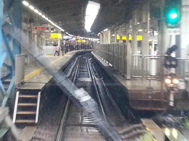 20151115_082700 三崎口いき特急 - 横浜