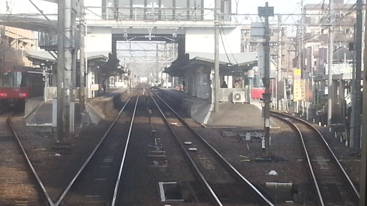 20160111_095039 名鉄岐阜いき特急 - 国府宮