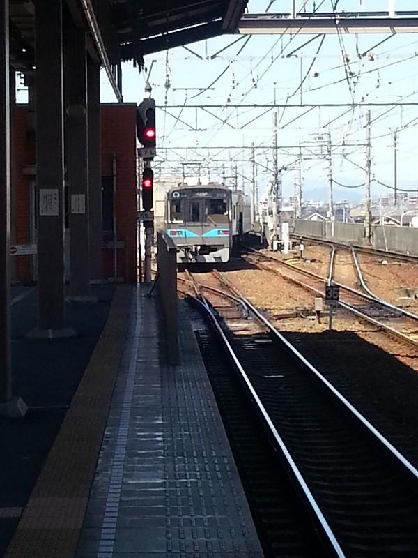 20160321_122424 上小田井についた電車 - ひきあげ線え