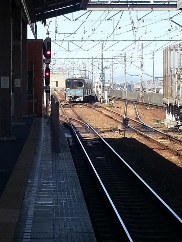 20160321_122429 上小田井についた電車 - ひきあげ線え