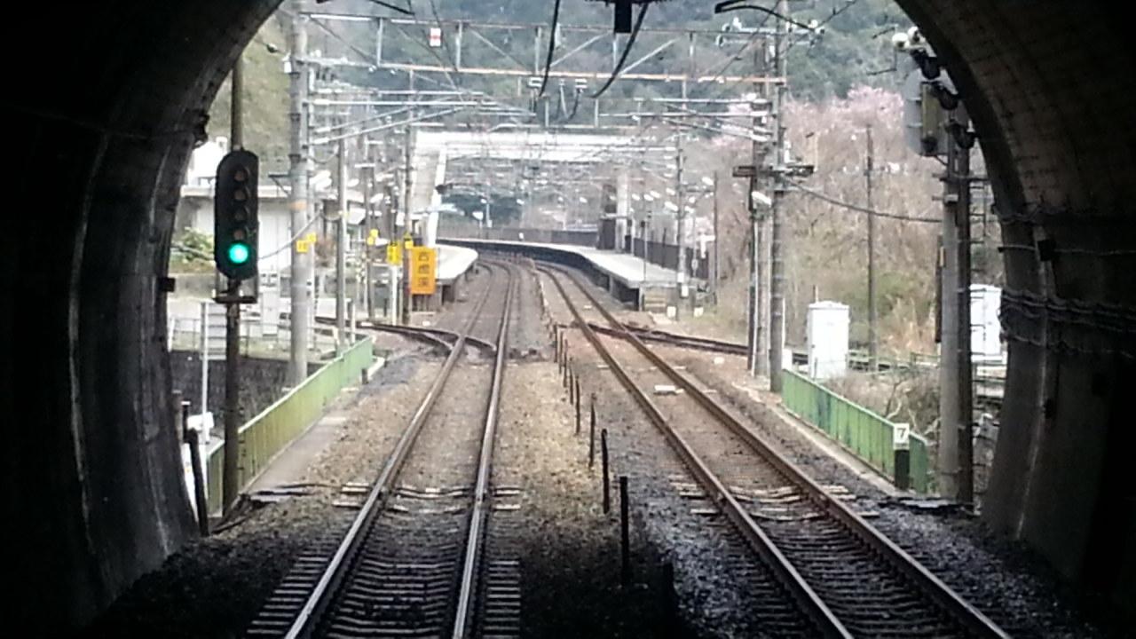 20160330_105701 中津川いき快速 - 古虎渓通過 1280-720
