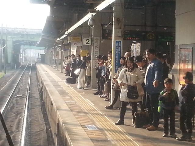 20160330_163123 名古屋いき快速 - 金山