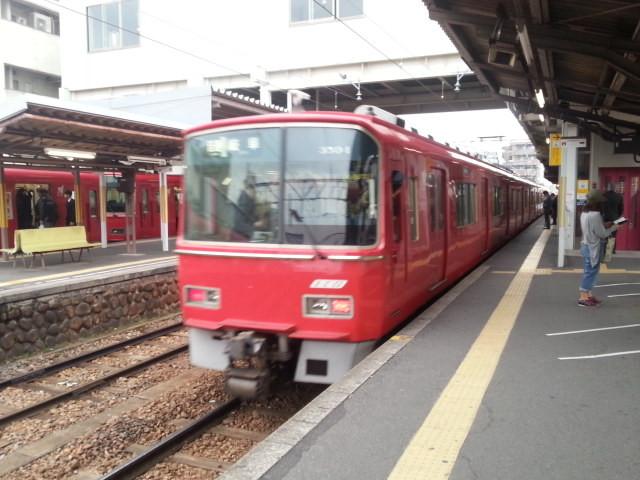 20160401_073241 しんあんじょう - 名鉄岐阜いきふつう(うしろ)