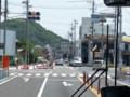 20160519_111907 岐阜バス - 栄町3丁目交差点をまっすぐ