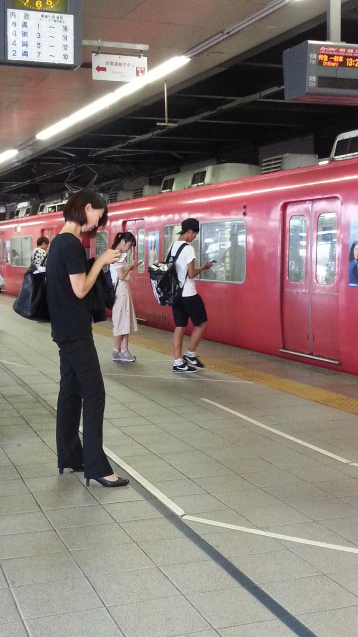 20160803_131722 金山あがりホーム - 回送電車