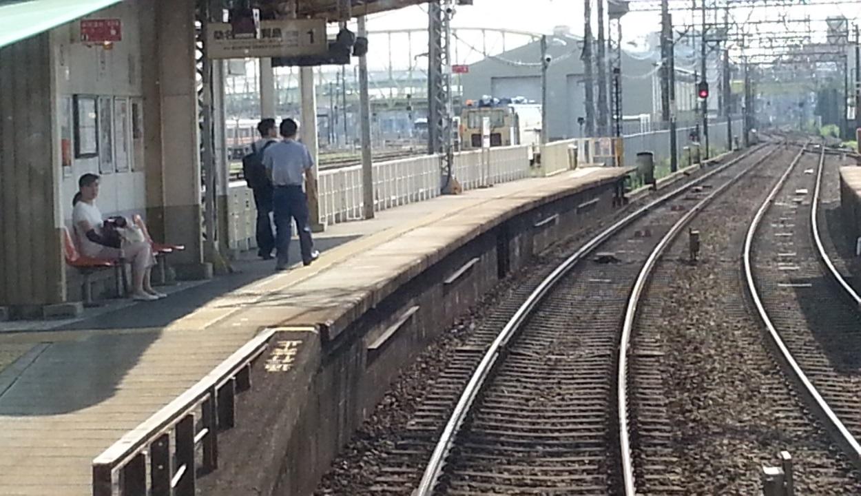 20160803_151323 伊勢中川いきふつう - 米野(こめの)1250-720