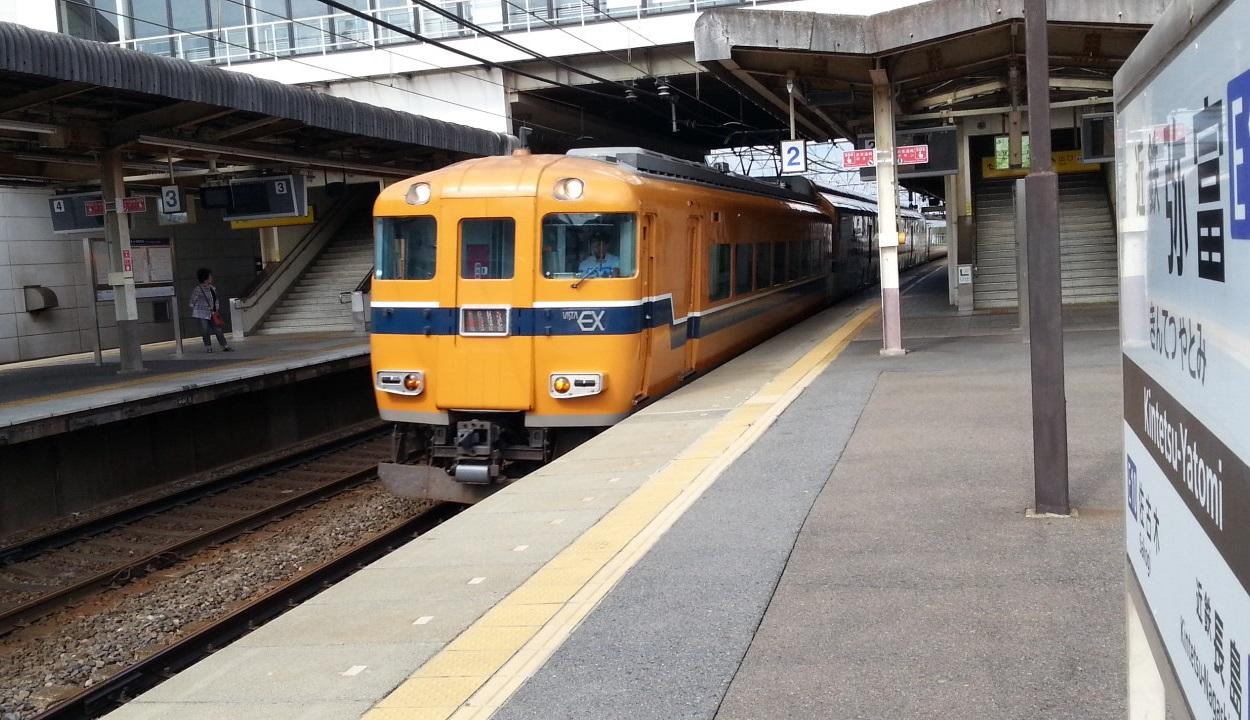 20160803_154121 弥富 - 通過電車 1250-720