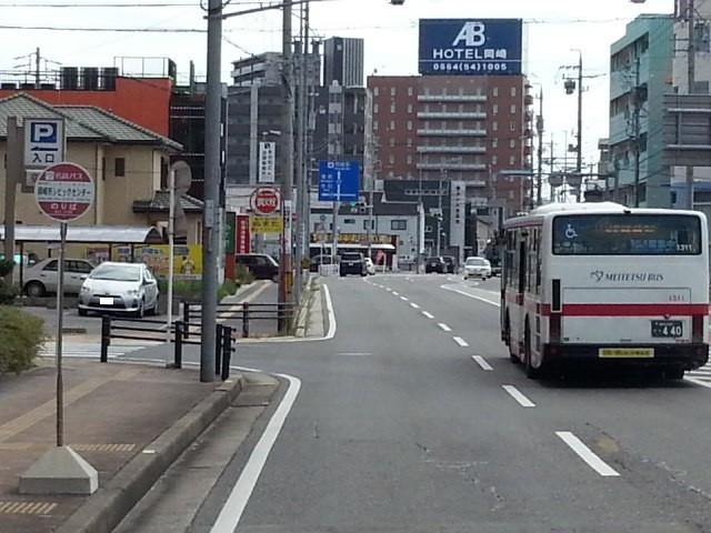 20160903_140650 福岡町いきバス - 岡崎市シビックセンター