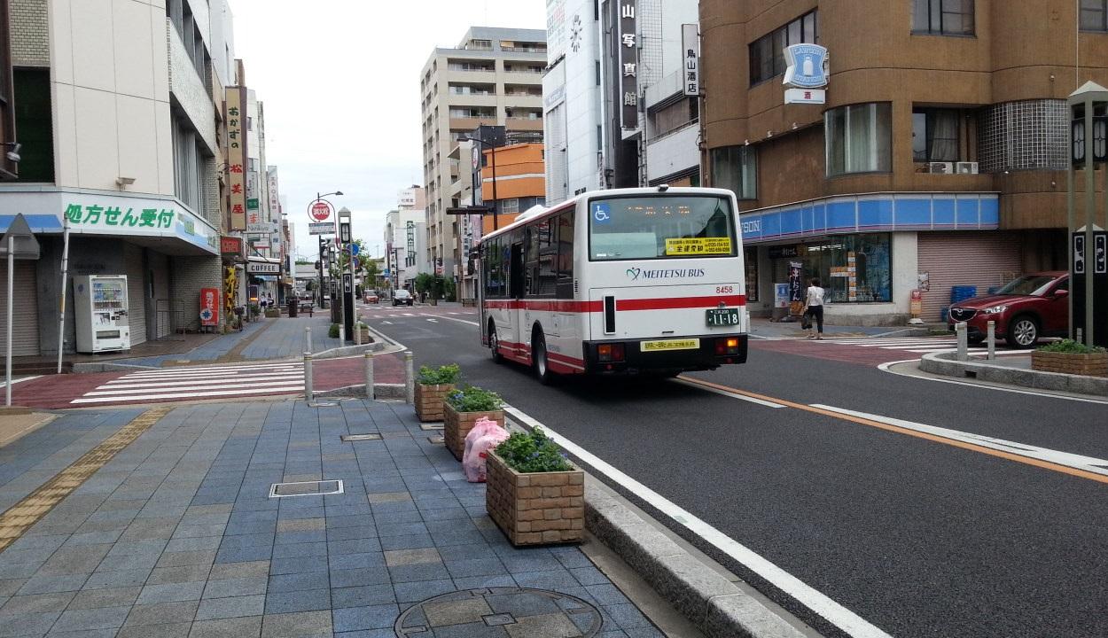 20160905_075834 碧海信用金庫本店 - 名鉄バス 1250-720