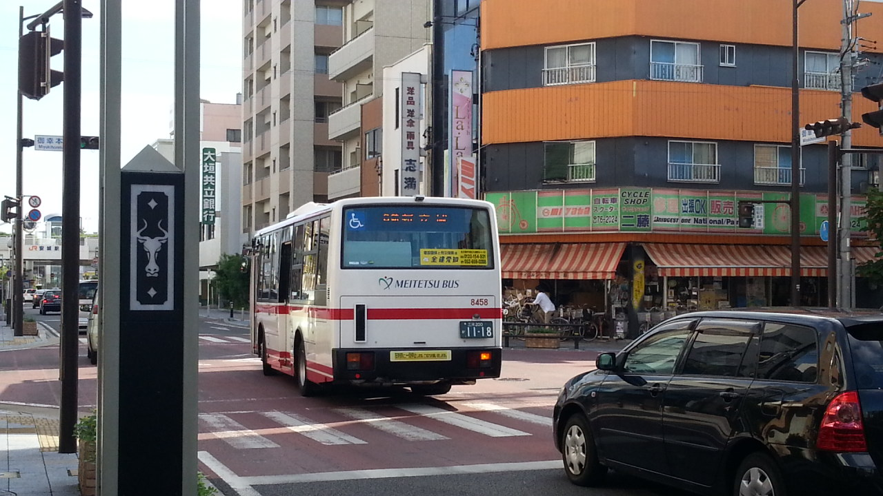 20160907_075931 御幸本町交差点 - 名鉄バス