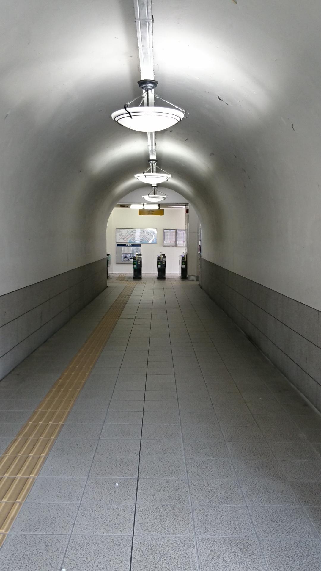 2016.10.19 西春まで (19) 東枇杷島 - どてした通路 1080-1920