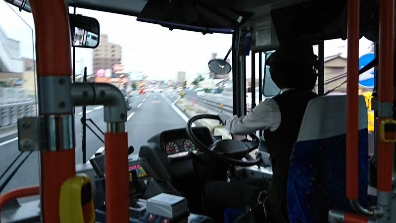 2016.10.23 名鉄バスで坂戸まで (3) 名鉄バス - 右折して国道1号線