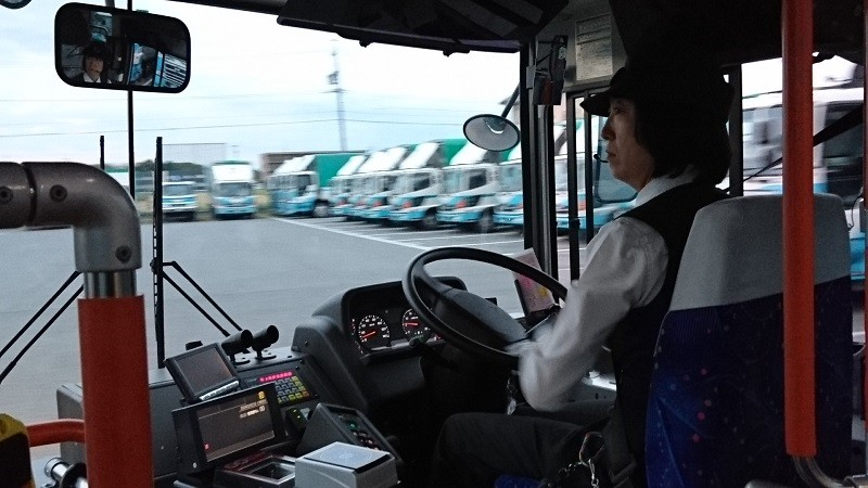 2016.10.23 名鉄バスで坂戸まで (8) 名鉄バス - 坂戸バス待機場