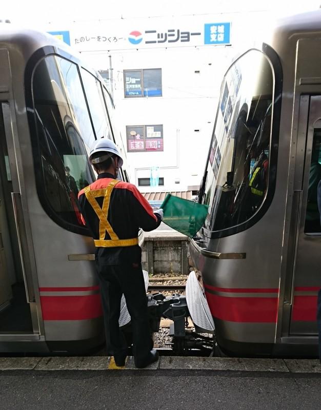 2016.10.31 あさ (9) しんあんじょう - 弥富いき急行の連結 1080-1380