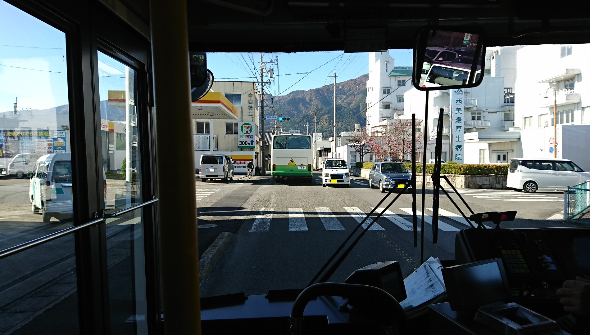 2016.11.16 大垣多良線 (17) 高田南町交差点 1900-1080