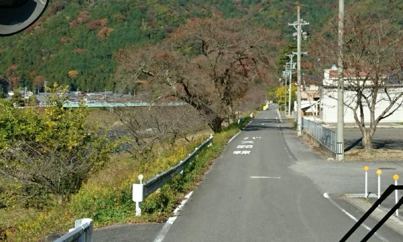 2016.11.16 大垣多良線 (30) 牧田川の堤防 800-480