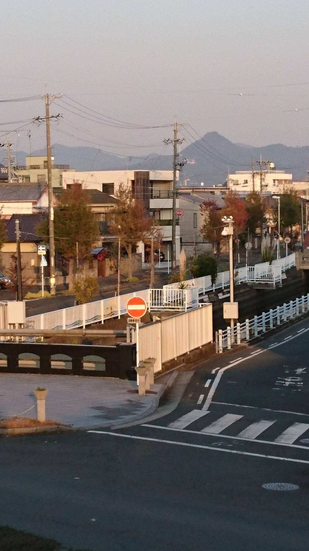 2016.12.9 豊橋 (12) 牟呂用水と石巻山 1080-1920