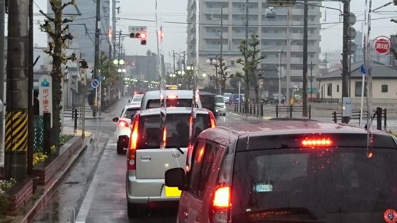 2016.12.27 あさ (103) 名鉄バス - 末広町交差点 800-450