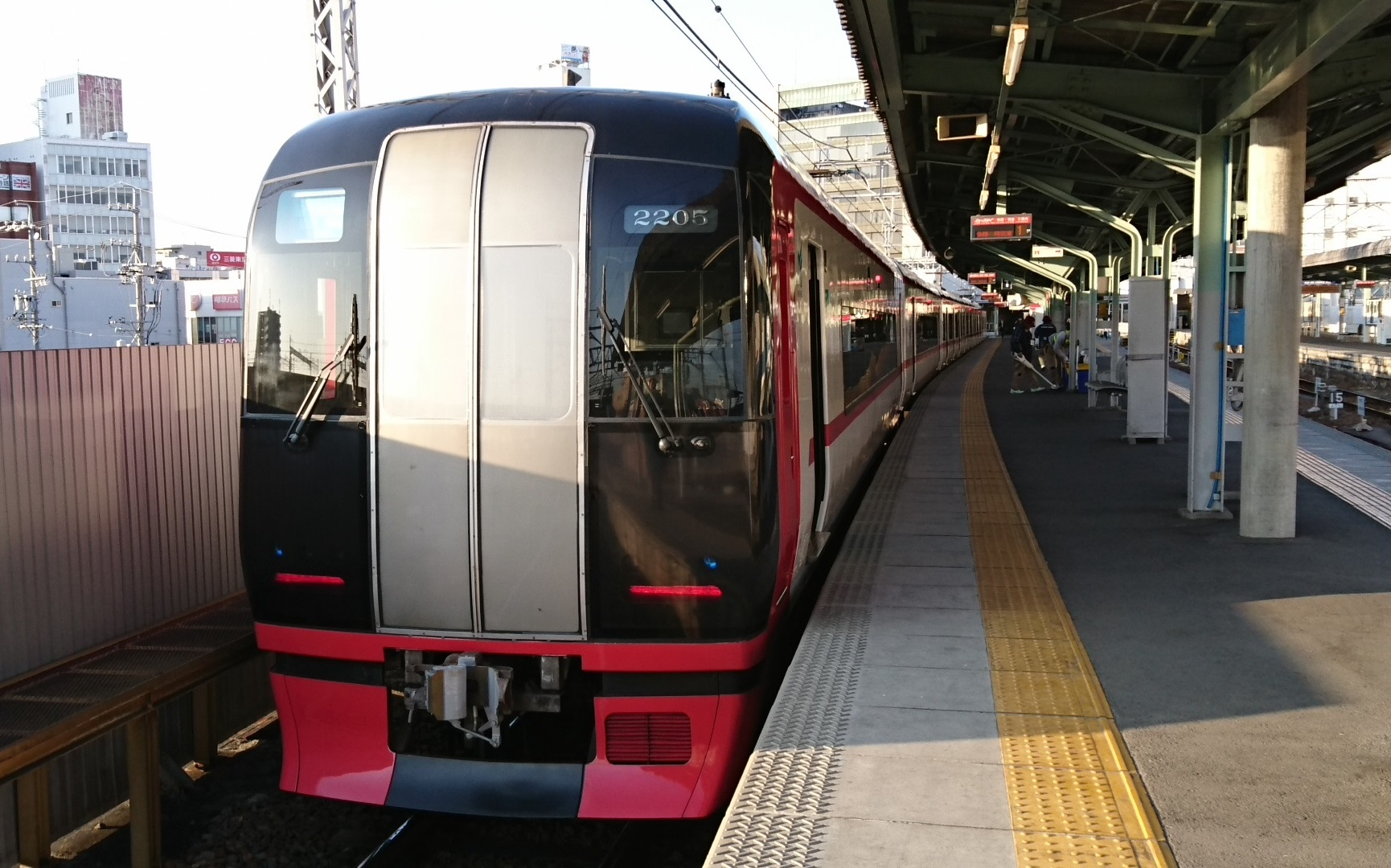 2017.1.3 岐阜から古井まで (6) 岐阜 - 豊橋いき快速特急 1730-1080
