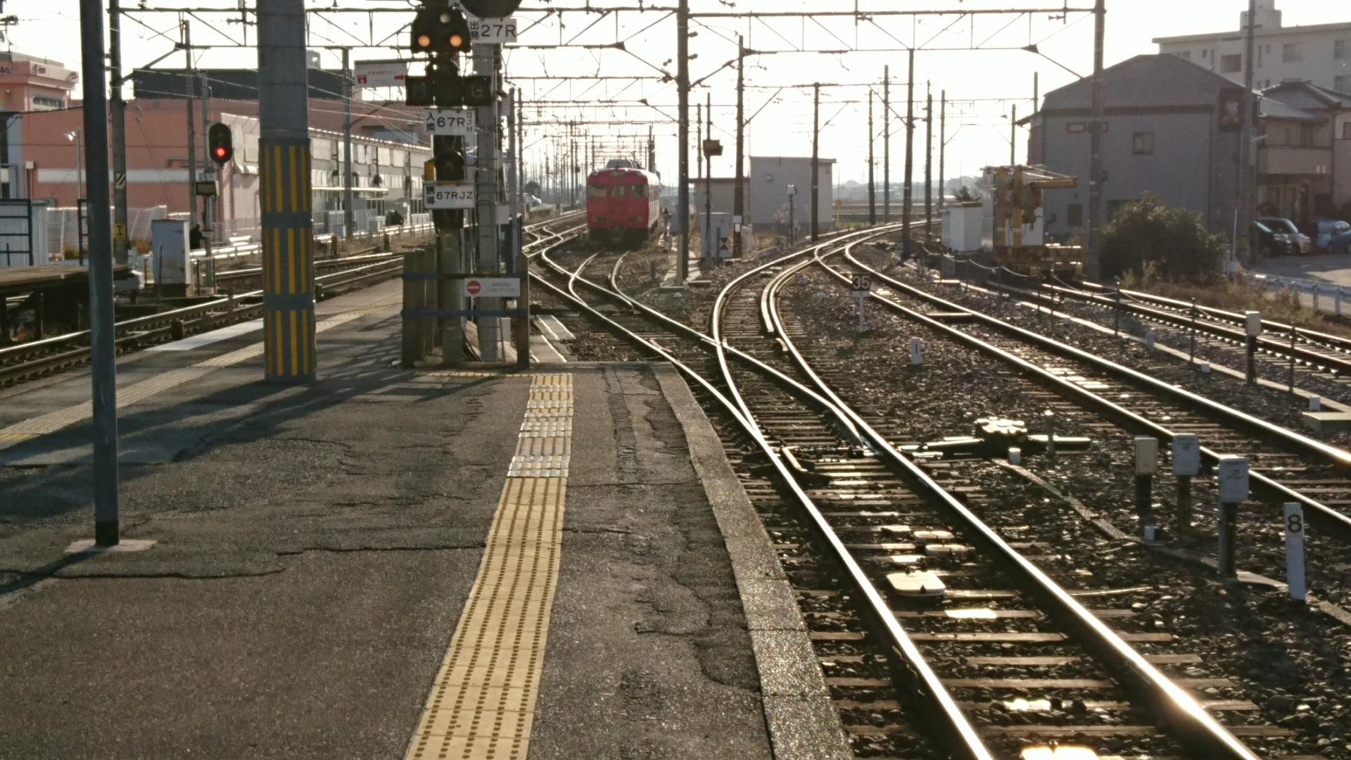 2017.1.13 名古屋まで (5) しんあんじょう - 留置線電車 1920-1080