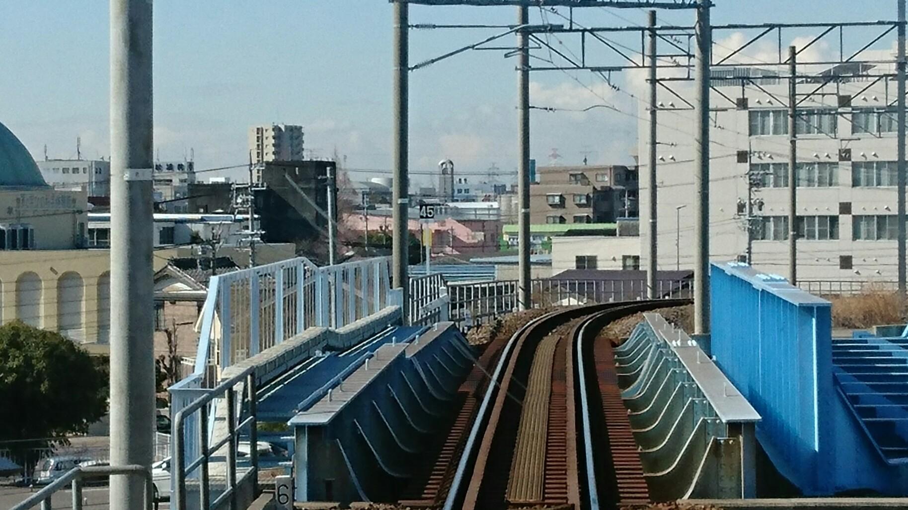 碧南いきふつう 東海道線こえる