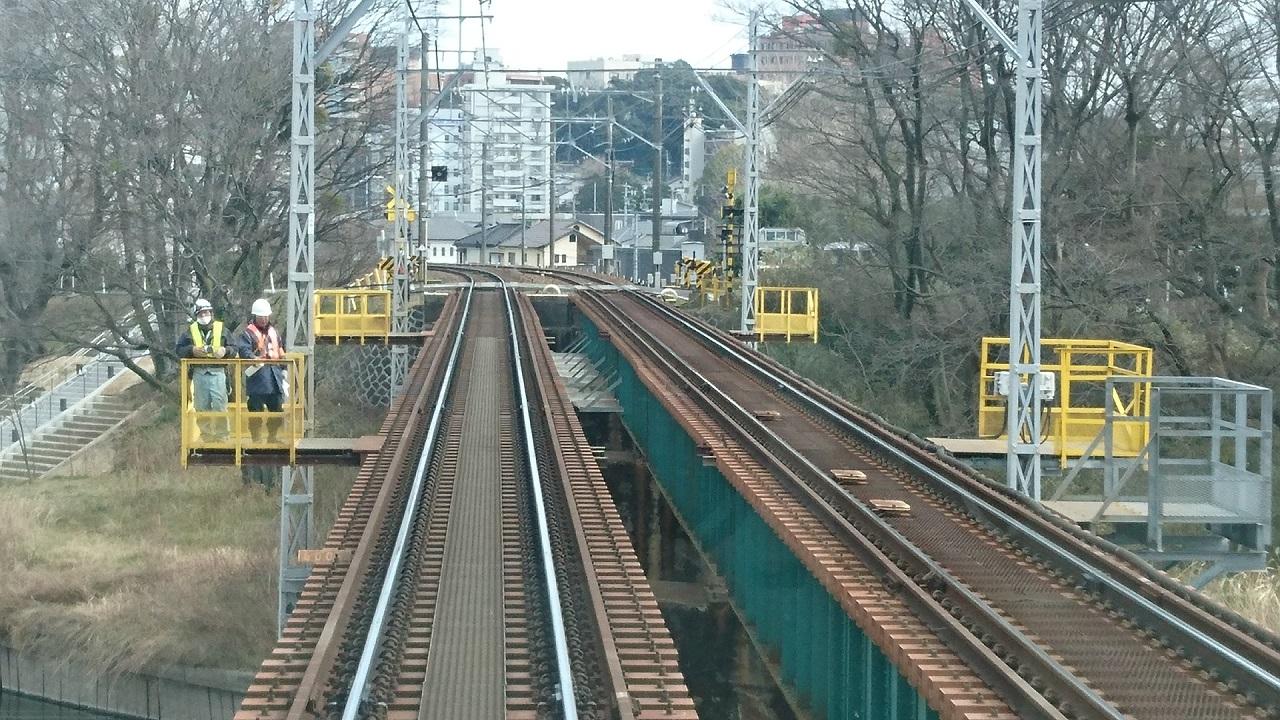 2017.3.18 古井から美合まで (17) 東岡崎いきふつう - 菅生川をわたる 1280-720