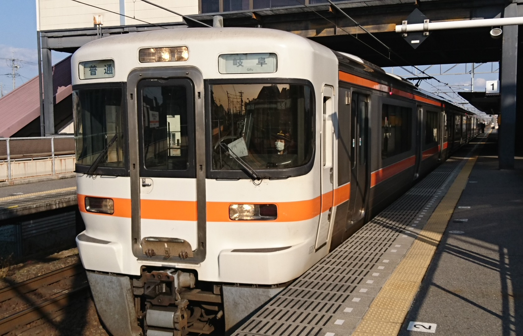2017.3.27 東海道線 (18) 西岡崎 - 岐阜いきふつう 1680-1080