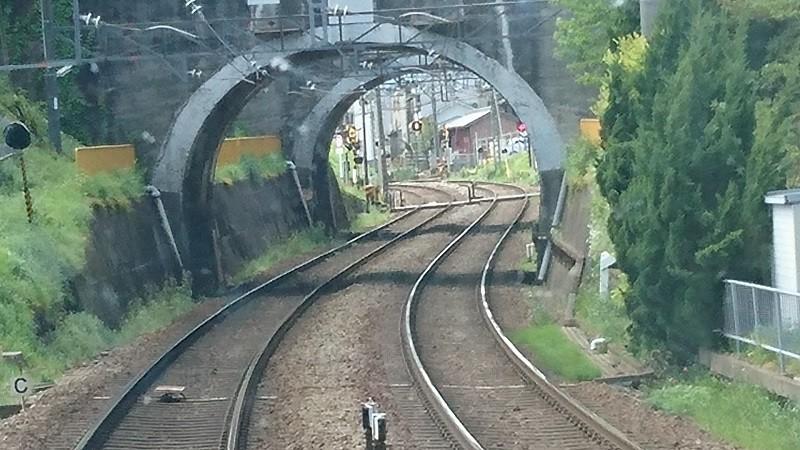 2017.4.25 近鉄 (35) 松阪いき急行 - トンネル 800-450