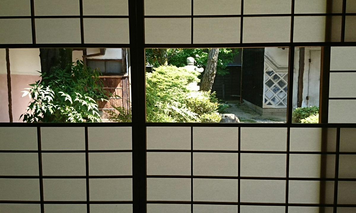 2017.5.19 大井 (64) 中山道ひし屋資料館 - しょうじのガラス 1200-720