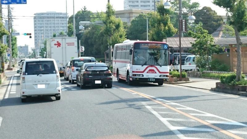 2017.6.23 (4) 名鉄バス - 錦町小学校南交差点 1280-720