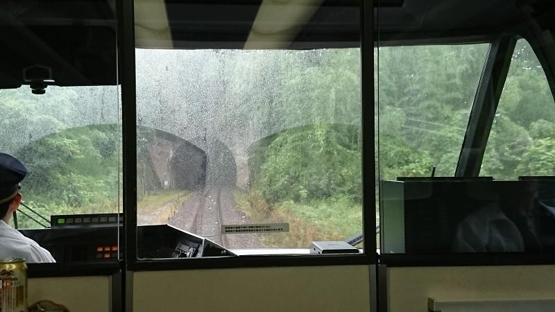 2017.8.16 ワイドビュー南紀 (33) 中瀬古-伊勢上野間〔トンネル〕 800-450