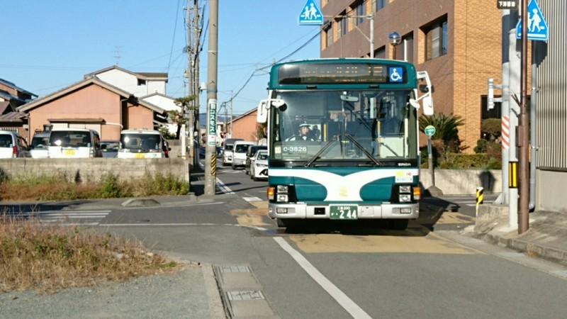 2017.12.12 一身田 (2) 一身田東バス停 - サオリーナ前いきバス 1850-1040