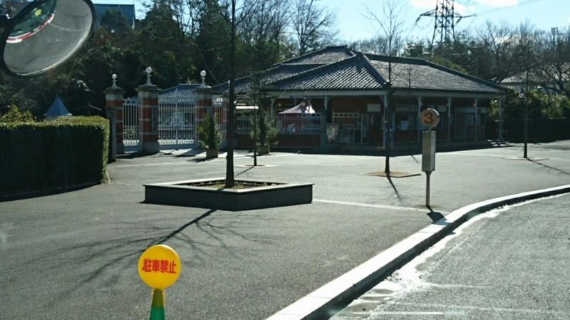 2017.12.28 犬山 (26) 明治村いきバス - 明治村バス停 1800-1010