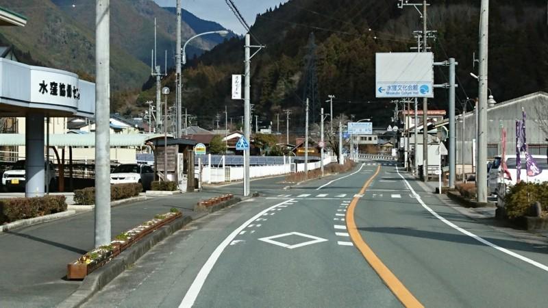 2018.1.11 みさくぼ (170) 北遠本線 - 水窪協働センターバス停 1280-720