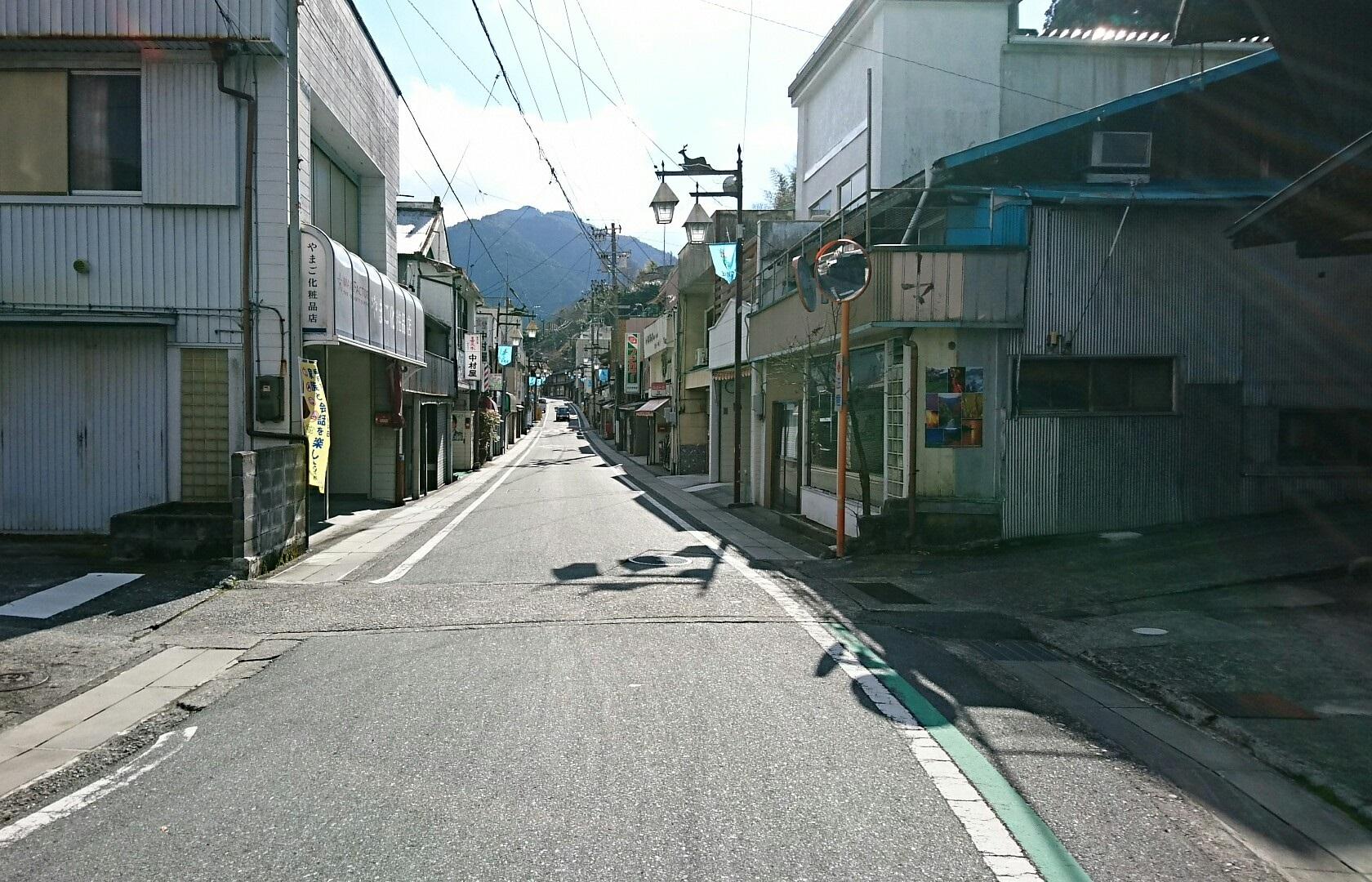 2018.1.11 みさくぼ (186) ゆめかいどう - やまご化粧品店 1680-1080