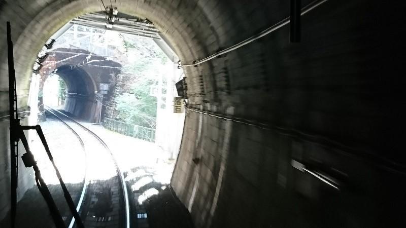 2018.1.11 みさくぼ (210) 豊橋いきふつう - トンネル(向市場-城西間) 800