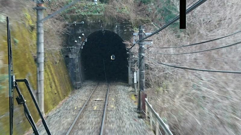 2018.1.11 みさくぼ (223) 豊橋いきふつう - トンネル(城西-相月間) 800-45