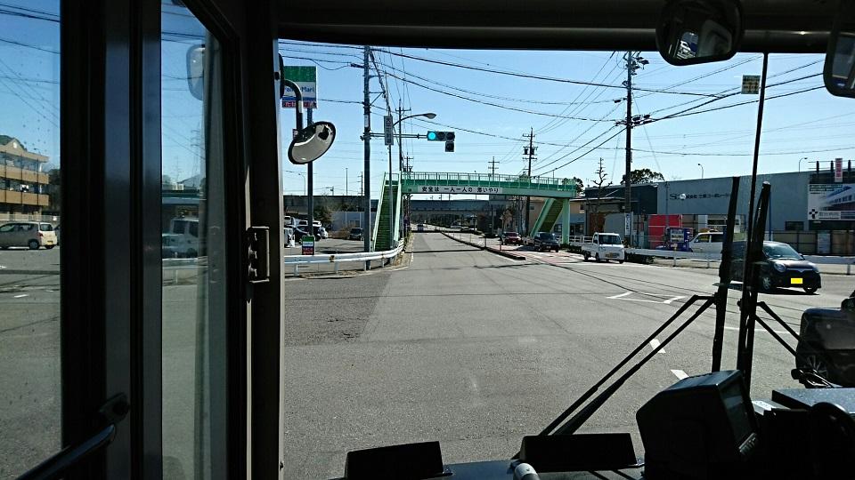 2018.3.6 坂戸 (83) 名鉄バス - 大平町駒場交差点左折 960-540