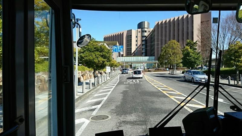 2018.3.6 坂戸 (89) 名鉄バス - 正面に岡崎市民病院 1280-720