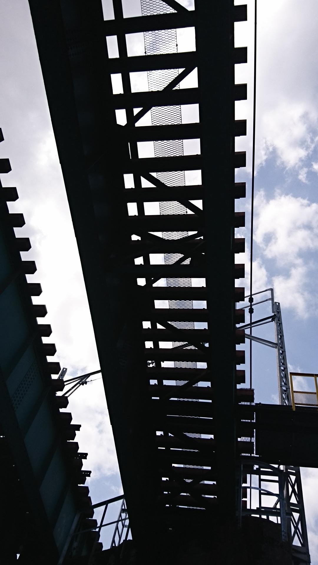 2018.3.31 岡崎ふなあそび (30) のぼり - 名古屋本線鉄橋 1080-1920