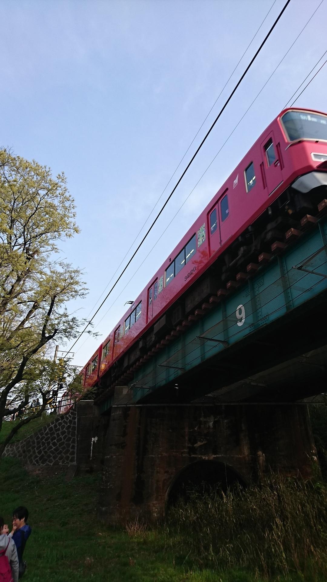 2018.4.1 東岡崎 (21) 菅生川鉄橋 - 豊橋いき急行 1080-1920