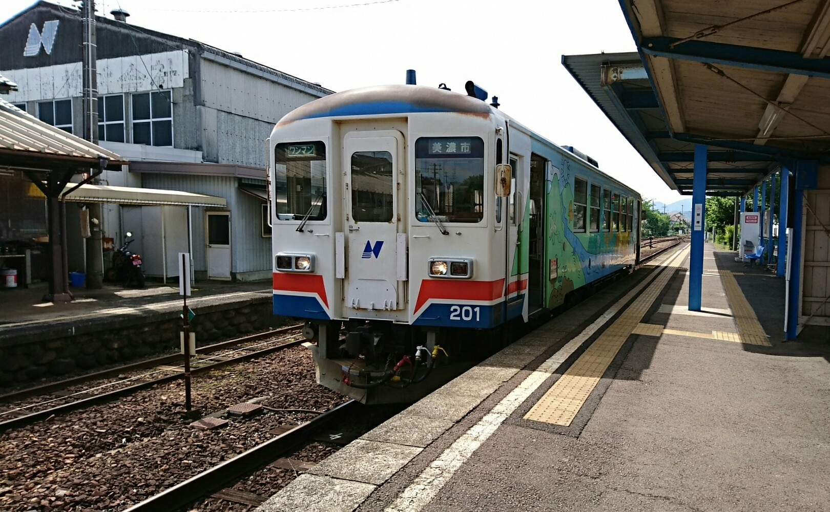 2018.5.16 美濃市 (44) 関 - 美濃市いきふつう 1620-1000