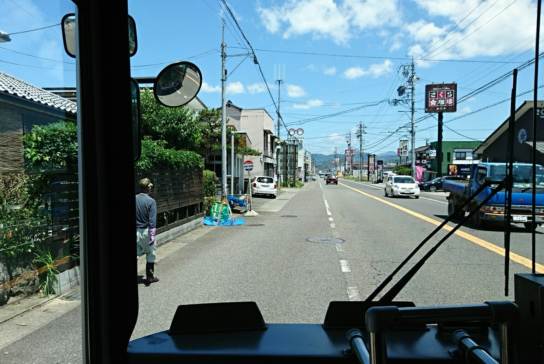 2018.6.1 岐阜 (54) 高富いきバス - 高富小学校前バス停 1540-1030
