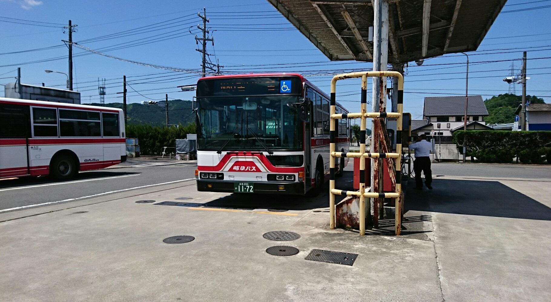 2018.6.1 岐阜 (62) 高富バス停 - 高富いきバス 1820-1000