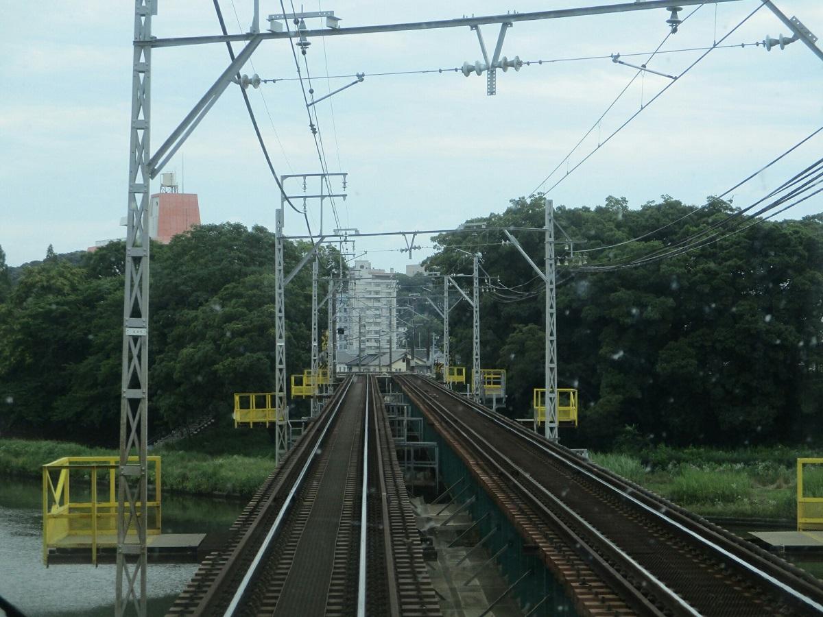 2018.6.21 (13) 東岡崎いきふつう - 菅生川をわたる 1200-900