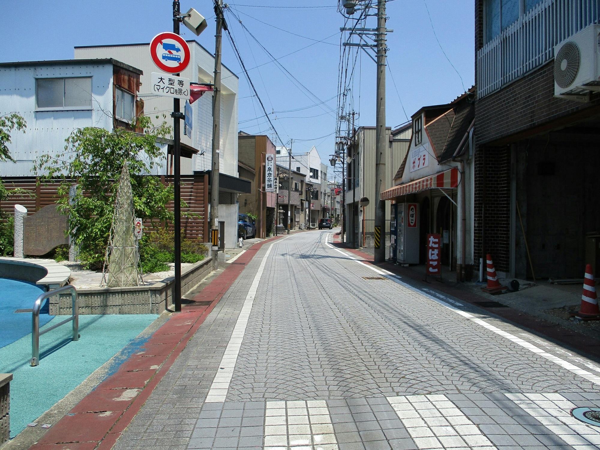 2018.7.18 (76) 竹鼻 - 竹鼻商店街(みなみから) 2000-1500