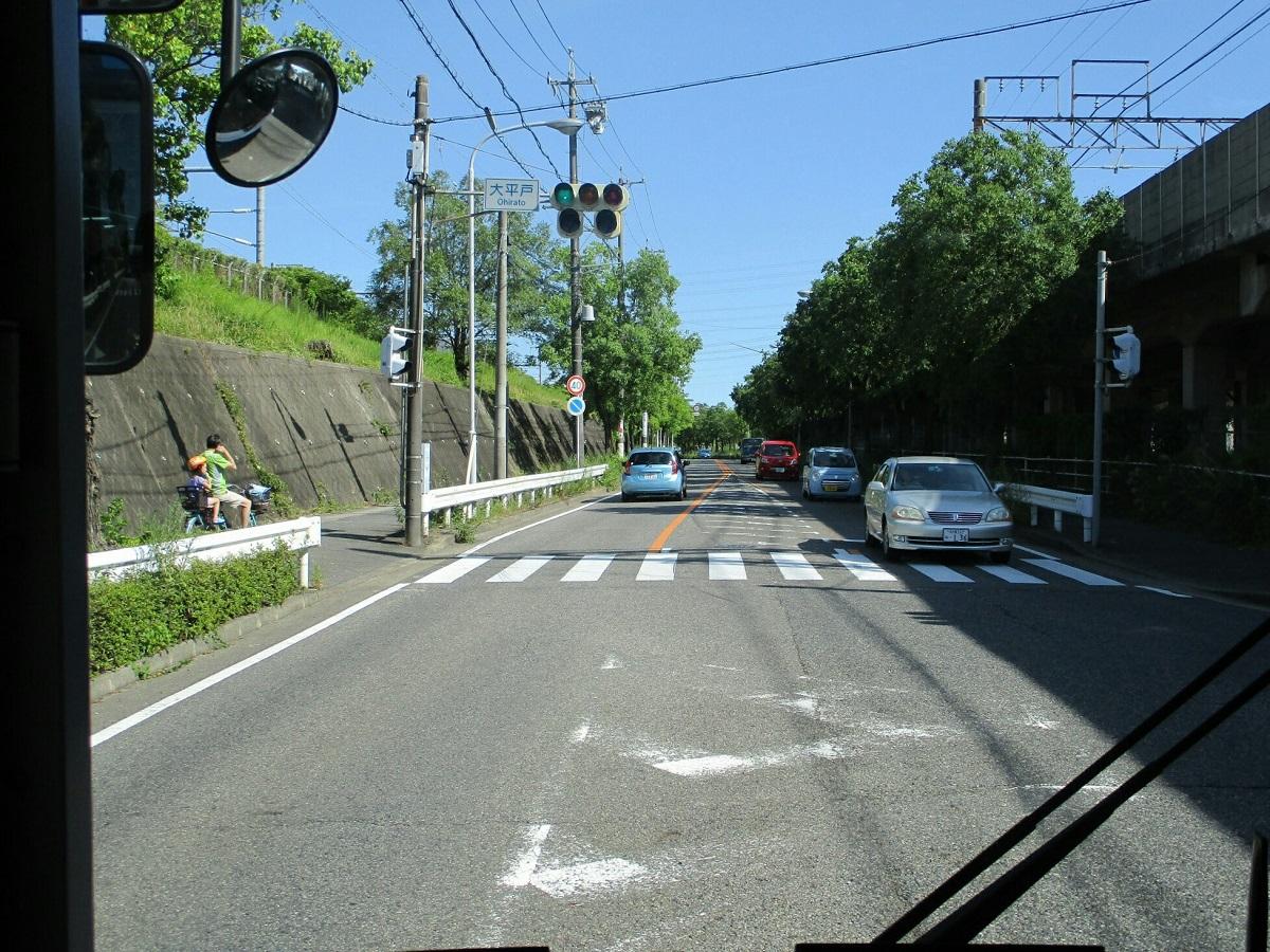 2018.7.21 (43) イオンモール大高いきバス - 大平戸交差点を右折 1200-900