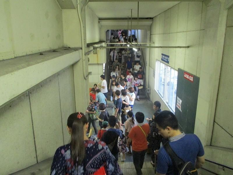 2018.8.4 (5) みなみあんじょう - 階段 800-600